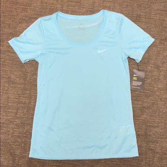 2e4f32099 Nike Tops   Womens Dry Fit Anti Odor Training T   Poshmark